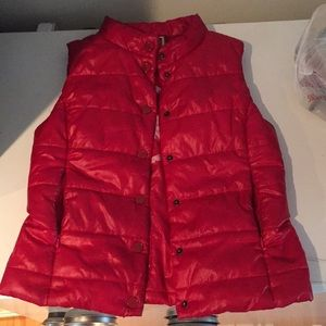 CONVERSE RED PUFFY VEST